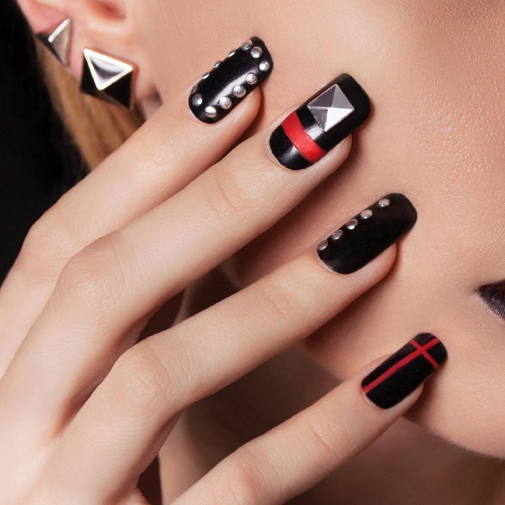 Popular Black Nails Design