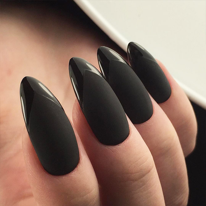 Matte Black Nails for Classy Look Picture 3