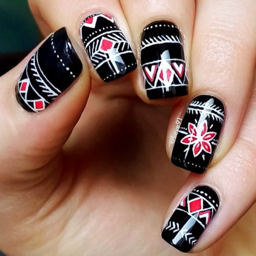 Creative Black Nail Designs with Patterns Picture 2
