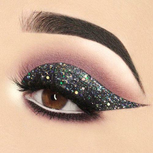 Dramatic Eyeliner Style