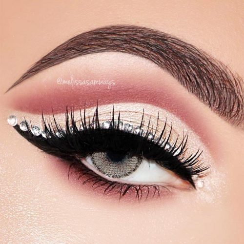 Cool Eyeliner Ideas To Inspire You picture 3