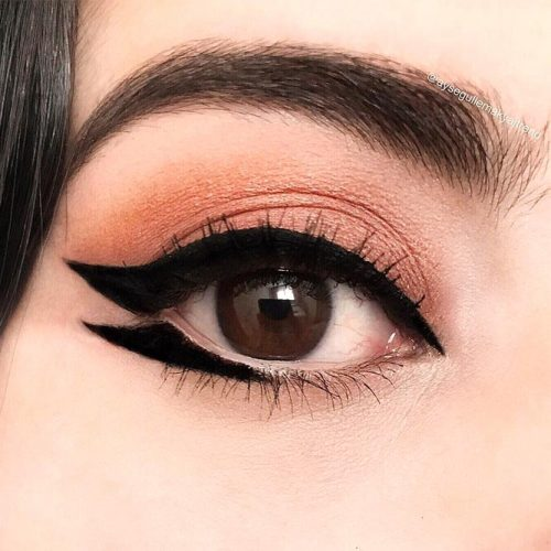Open Wings Eyeliner
