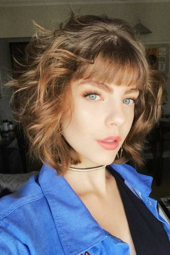 Medium Hair Layered Hairstyles Picture 4