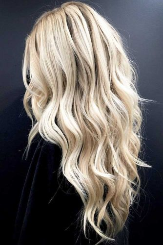 Long Wavy Layered Hairstyles Picture 1