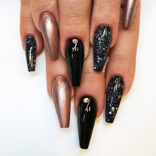 Long Nails of the Coffin Shape Picture 5