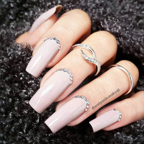 Square Shape Long Nails for a Classy Look Picture 2