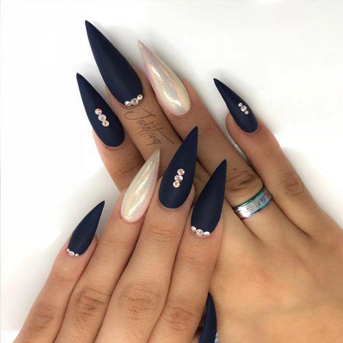 Stiletto Shape Long Nails Picture 4
