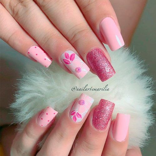 Pink Nails With Flowers #glitternails #pinknails #flowersnails