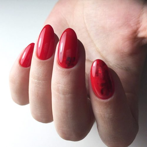 Red Nail Colors for Trendy Look Picture 2