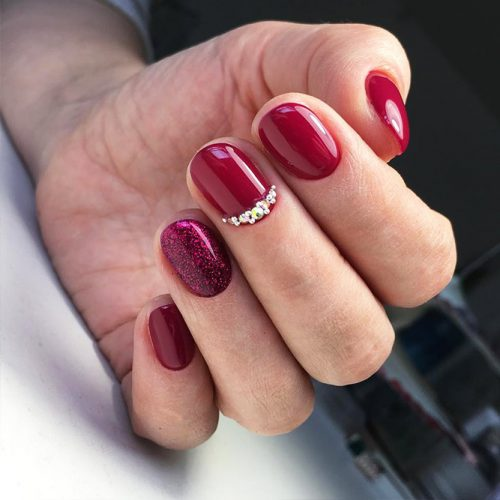 Red Nail Colors for Trendy Look Picture 1