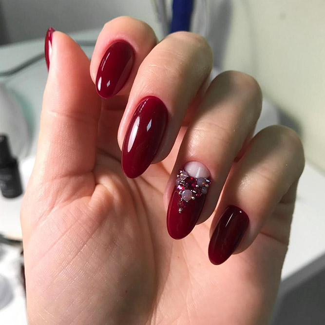 Half Moon Design for Red Nails Picture 3
