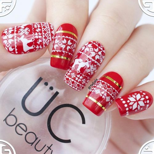 Christmas Red Nails for a Holiday Party Picture 2