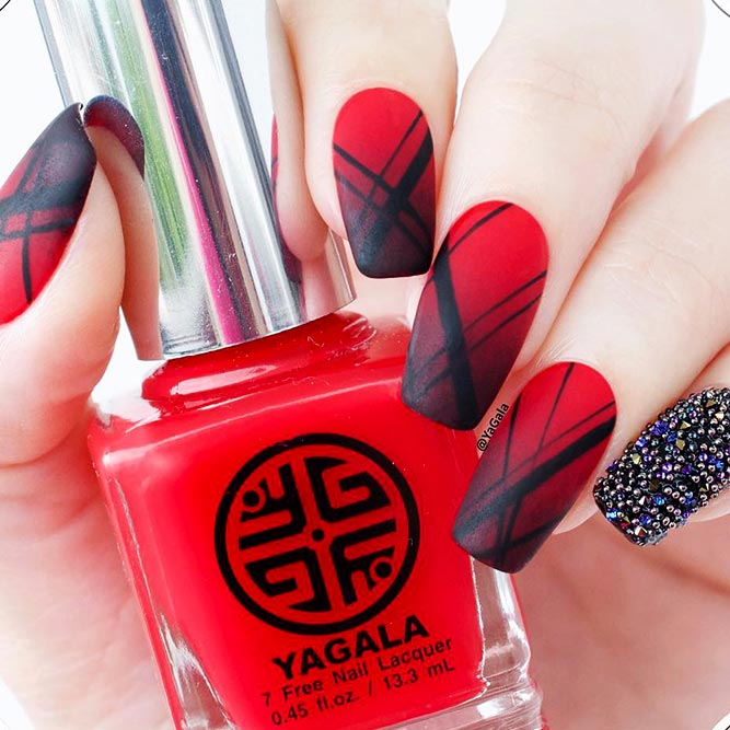 Hot Red Nail Designs for Unforgettable Look Picture 5