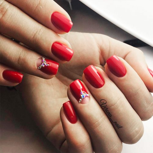 Half Moon Design for Red Nails Picture 2