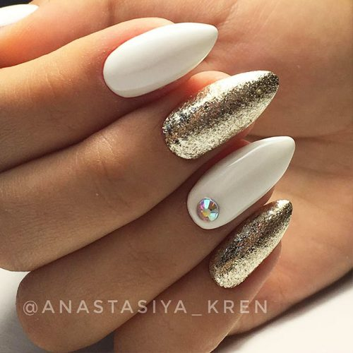 White Nails with Glitter for Bright Look Picture 3