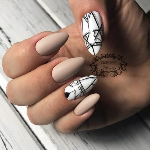 Geometric White Nails Picture 1