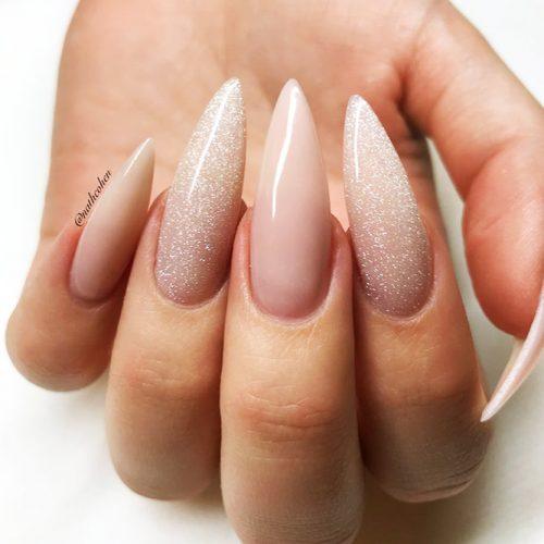 Stiletto Shape Acrylic Nails Picture 1