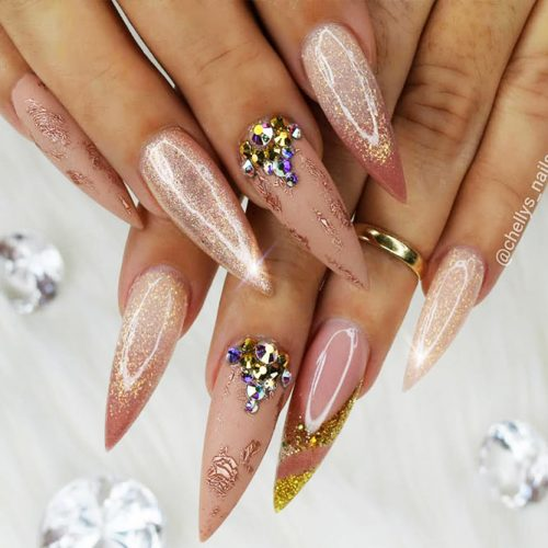 Stiletto Shape Acrylic Nails Picture 5