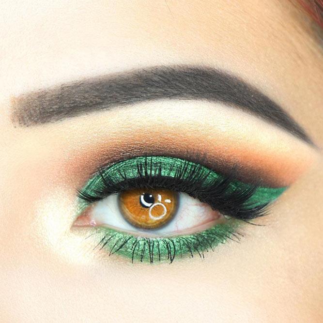 Green Smokey Eyes Makeup #greensmokey #cutcrease