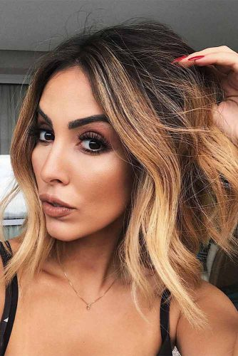 Medium Hairstyles with Balayage Picture 3