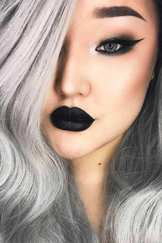 Glam Makeup Ideas with Black Lipstick picture 2