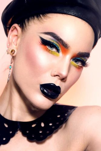 Amazing Makeup Ideas With Black Lipstick