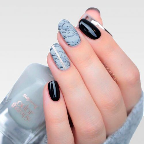 Marble Nail Art For Round Nails #roundednails #marblenails