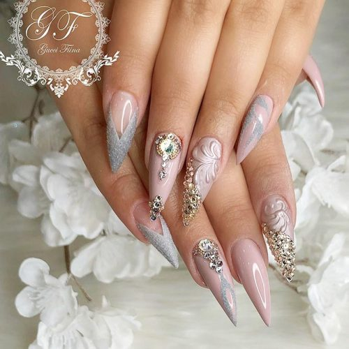 Stiletto Shape Gel Nails Ideas Picture 2