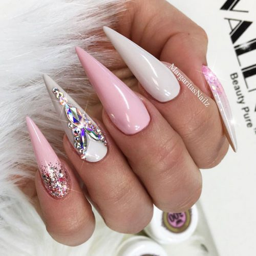 Stiletto Shape Gel Nails Ideas Picture 3