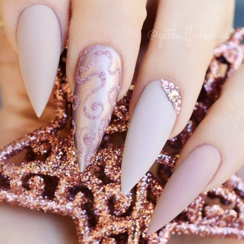Stiletto Shape Gel Nails Ideas Picture 6
