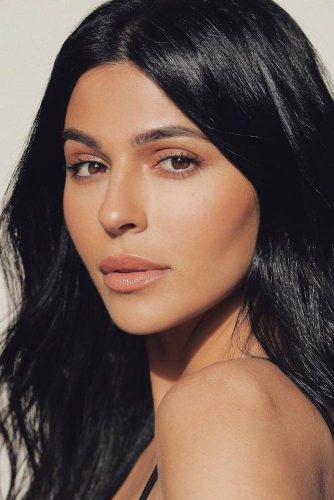 Nude Lipstick Shades For Olive Complexion picture 3