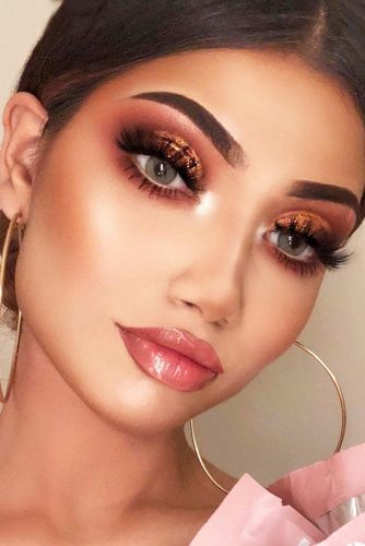 Perfect Makeup Ideas With Lip Gloss picture 1