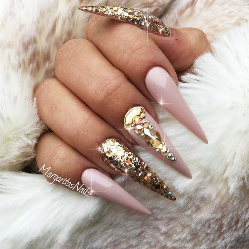 Pointy Nails with Glitter Designs Picture 1