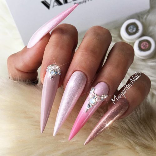 Pointy Nails with Glitter Designs Picture 2