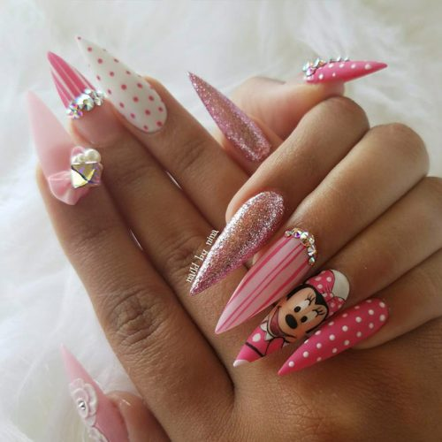 Pointy Nails with Glitter Designs Picture 6