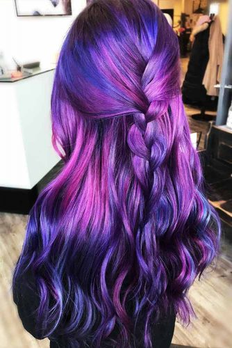 Wonderful Hairstyles with Purple Hair Picture 3
