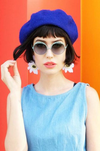 Short Bob Hairstyle for a Romantic Look Picture 5
