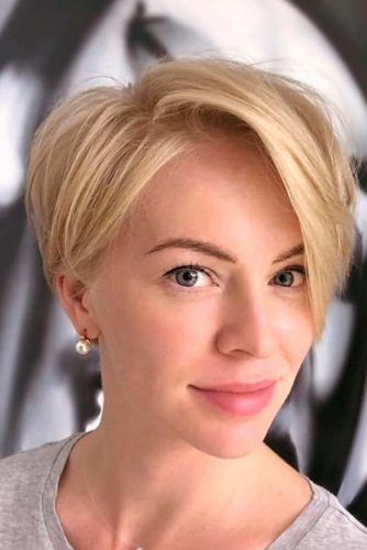 Short Hairstyle For Triangular Face #blondehair