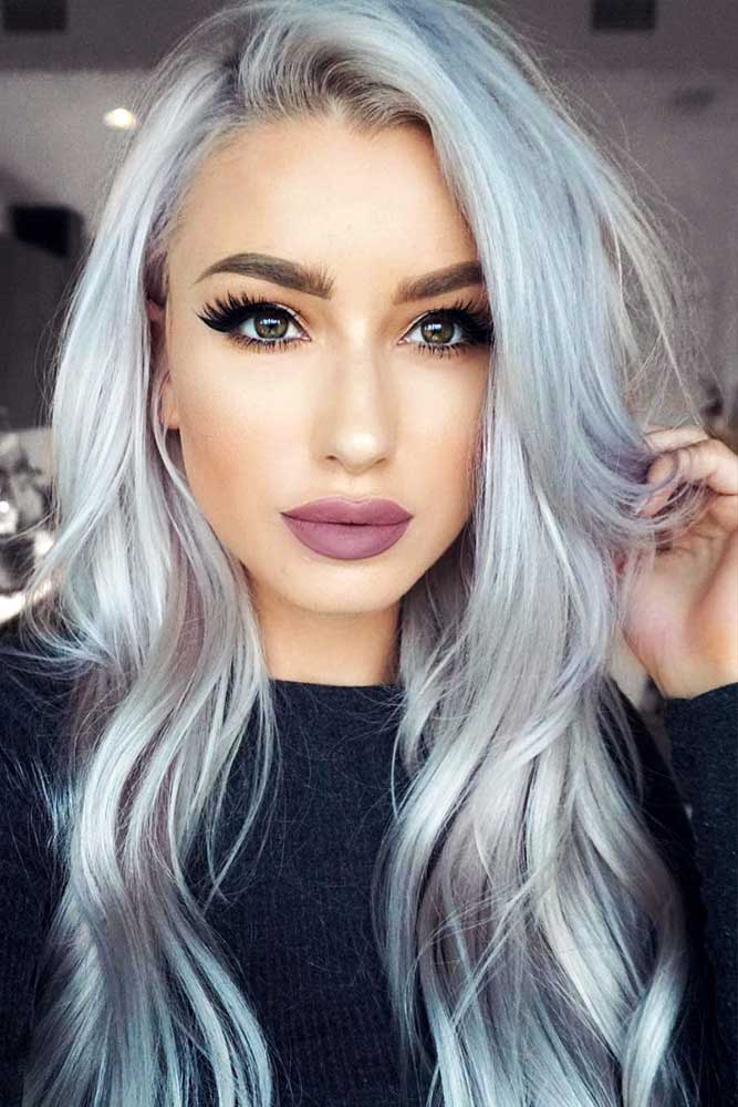 Terrific Long Silver Hair Looks Picture 3