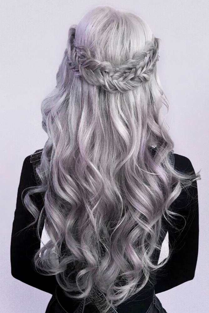 Insanely Hot Silver Hair Looks Picture 2