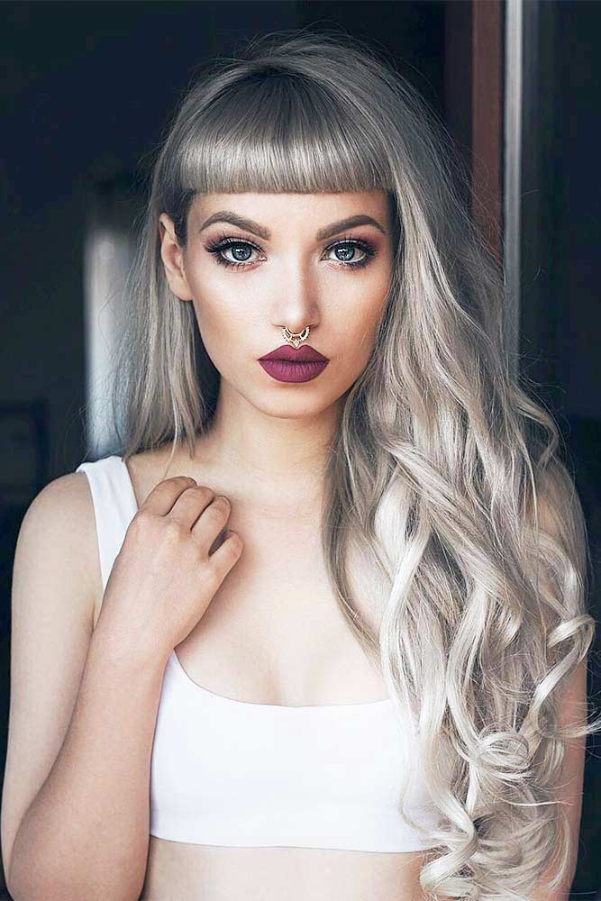 Terrific Long Silver Hair Looks Picture 1