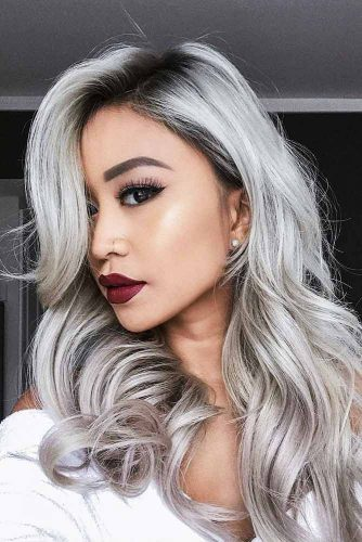 Terrific Long Silver Hair Looks Picture 2