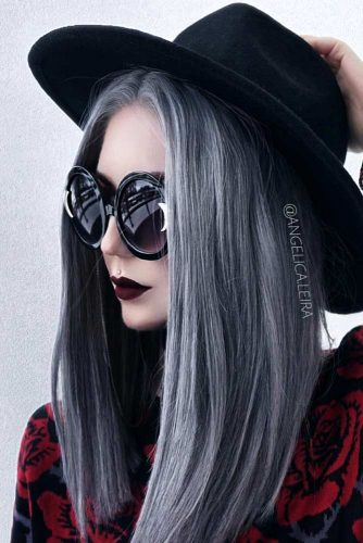 Insanely Hot Silver Hair Looks Picture 3