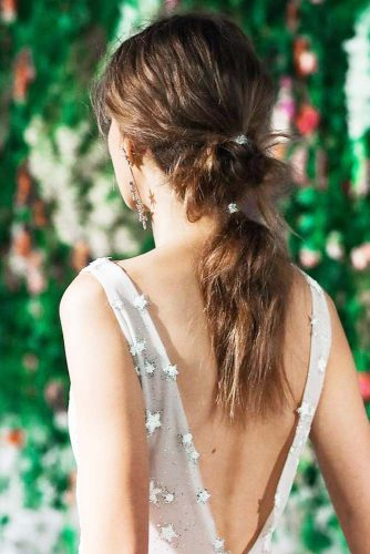 Messy Hairstyle with Metallic Strings