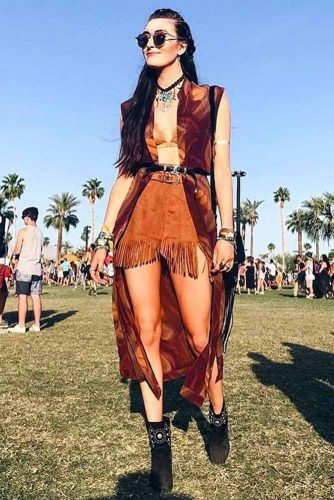 Layered Festival Outfit Looks picture 1