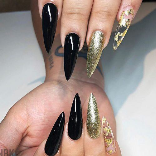 Black Stiletto Nails #blacknails #stilettonails