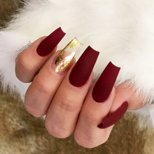 Gold Foil Nail Designs for Passionate Red Nails Picture 2
