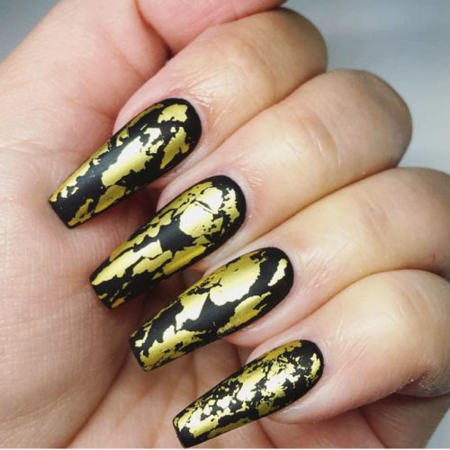 Black Nails with Gold Foil Picture 4