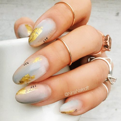 Gold Foil Designs for White Nails Picture 2
