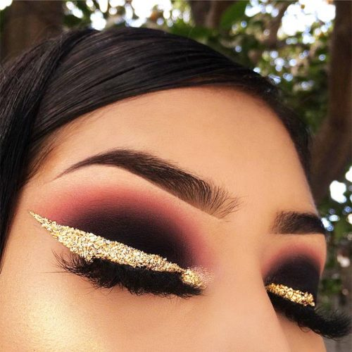 Gold Bold Eyeliner Makeup Idea #goldeyeliner